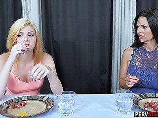 Tighty stepdaughter tasted a mother i'd like to fuck stepmoms shaggy cookie